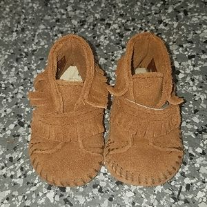 Minnetonka Moccasins Brown Leather Infant Sz 0